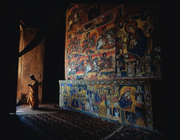 Priere a l'eglise de Uhra Kidane Mehret, Ethiopie     /     Prayer at the church of Uhra Kidane Mehret, Ethopia